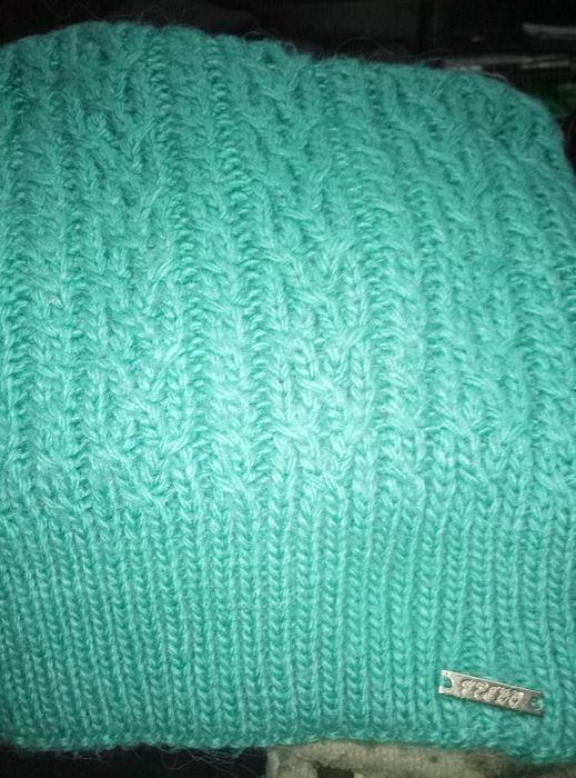 Продам зимову шапку для дівчинки. Киев - изображение 1
