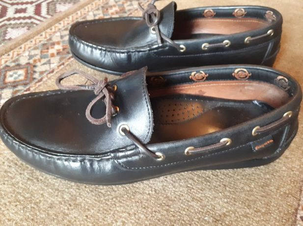 Sapatos Mocassins