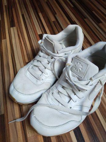 Buty sportowe Nike r. 36