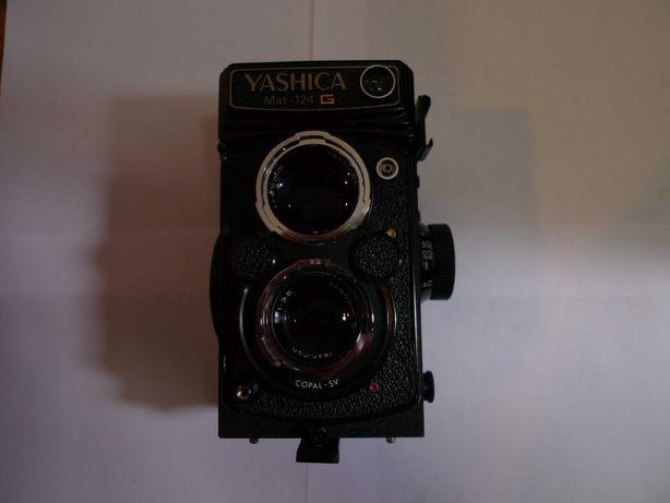 YASHICA 124 G, formato 120 e 220.