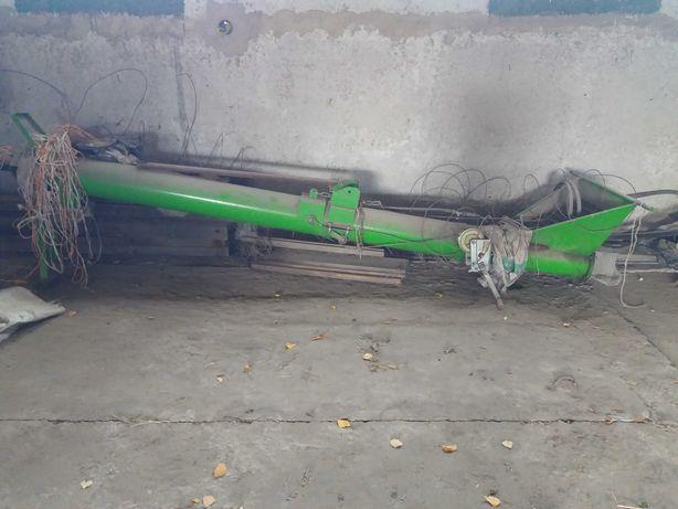 Завантажувач зерна ЗС - 30м