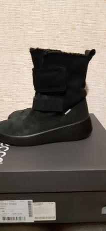 Продам ботинки ЕCCO..