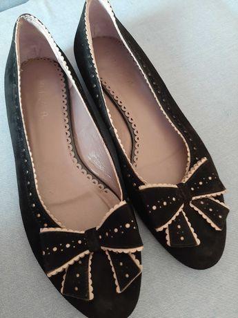 Sabrina/sapato pretos com laço 38