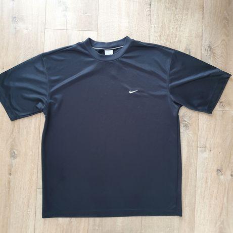 Sportowy T-shirt Nike