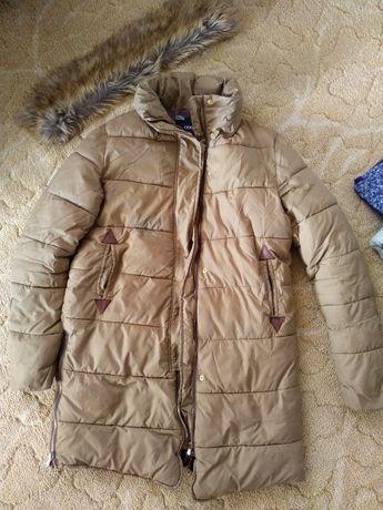Зимова куртка та пальто за 600 грн
