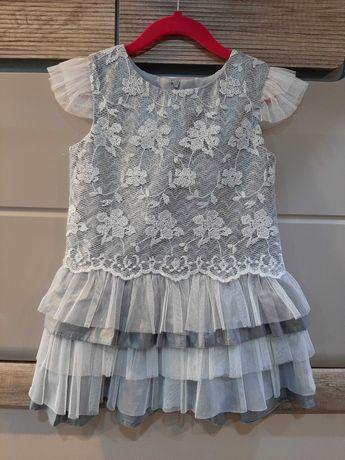 Sliczna sukieneczka roz.122 koronka