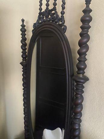 Mobilia antiguidade pau preto