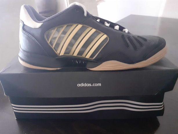 Sapatilhas Futsal Adidas - Novas