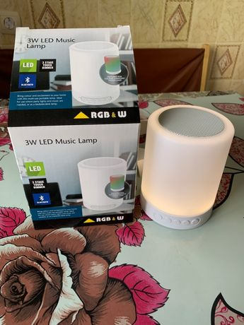 Продам Bluetooth-колонку Hopfen LED SH-001 RGB 3 Вт