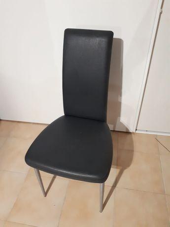 Cadeiras em Pele (Sala)