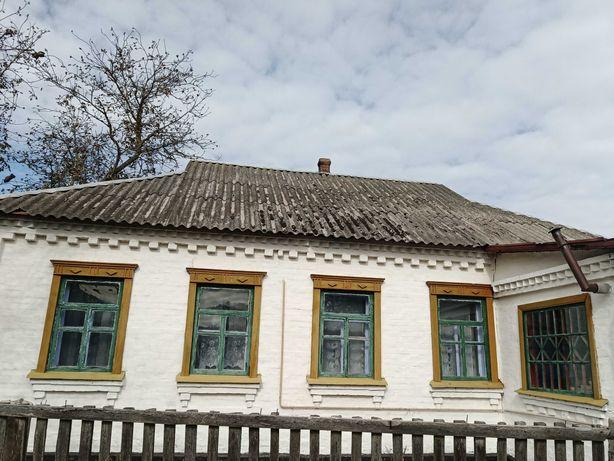 Продам будинок під Києвом