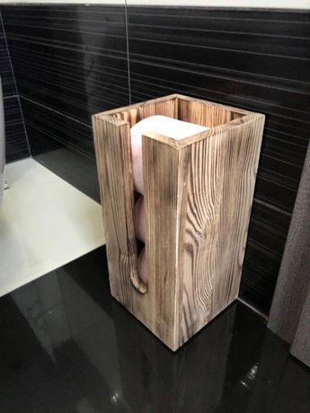 Stojak / zasobnik / pojemnik na papier toaletowy drewniany rustykalny.