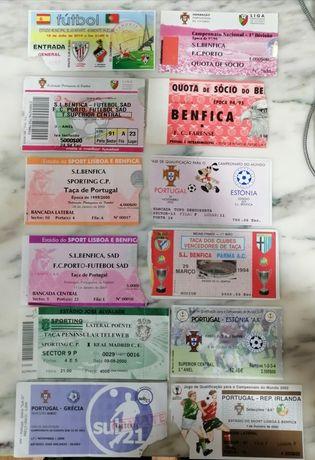 Bilhetes antigos de jogos de futebol