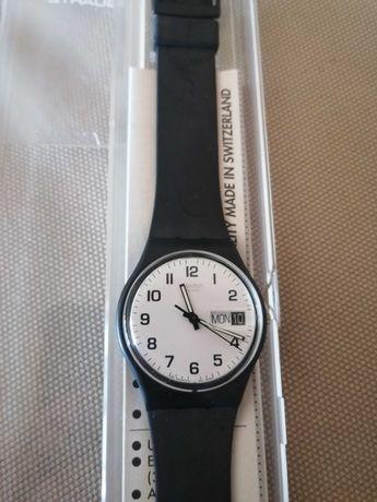 Relógio swatch clássico preto