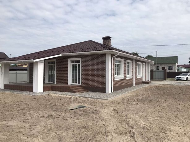 Продається новий будинок в англійському стилі без %
