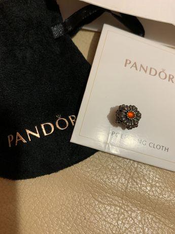 Шарм Pandora Подвеска-шарм Цветы ко дню рождения пандора бусина