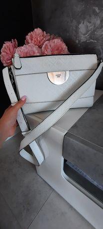 Guess torebka oryginał listonoszka biała