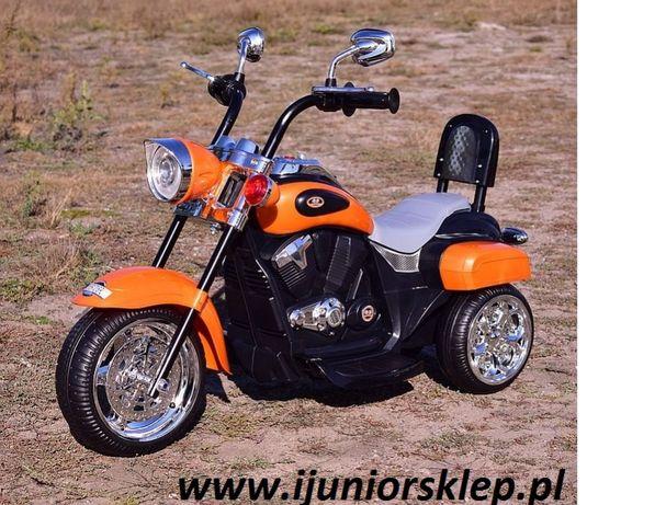 Motorek na akumulator Chopperek z oparciem, warkiem silnika, światłem!