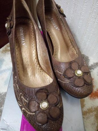 Туфли кожаные Brooman 38 размер