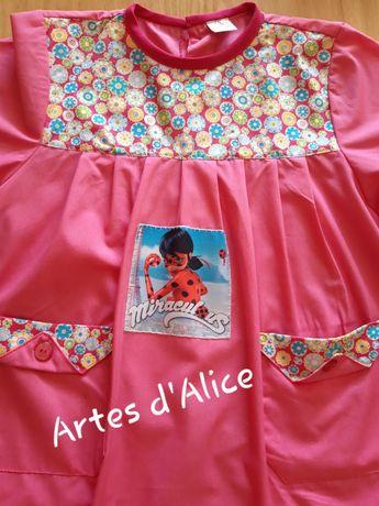 Bata escolar Minnie/Frozen/lady bug/dra.brinquedos