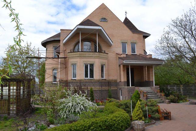 Капитальный дом 540 м² (18 соток) на берегу реки, с. Летки, Десна!