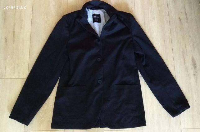 Трикотажный пиджак на мальчика 164р.
