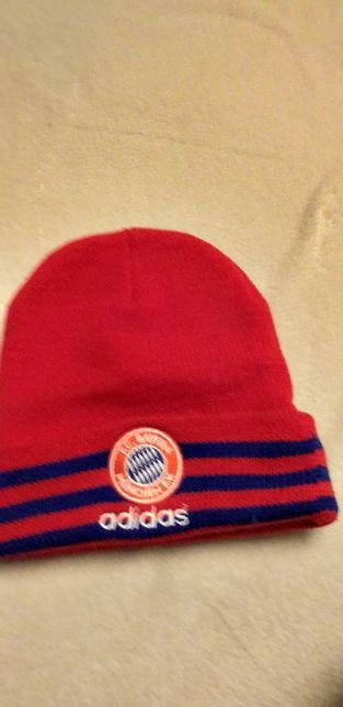 Czapka zimowa Adidas, F.C Bayern Munchen E.V.