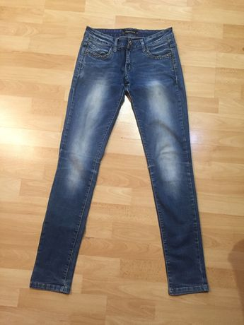 Джинси, джинсы на наш 42 -44 раз. S-М
