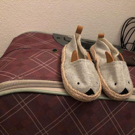 Sapatos hm novos