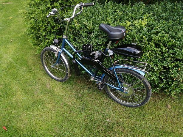 Rower z silnikiem spalinowym nowy silnik