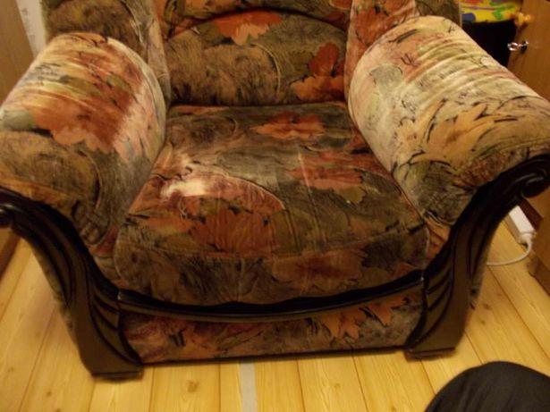 fotel do siedzenia,stolik zapraszam na wyprzedarz