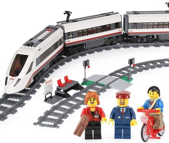 Конструктор поезд (скоростной или грузовой) на радиоуправлении!