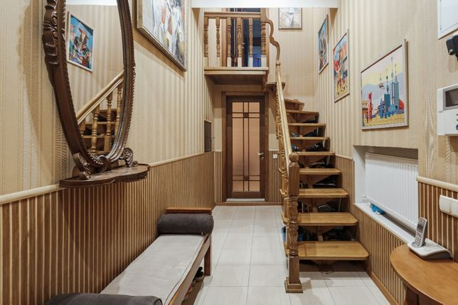 2х уровневая, 3х комнатная квартира в центре города