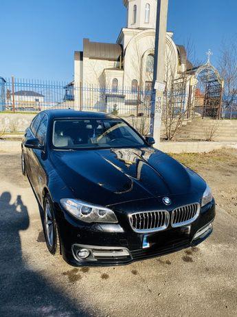 BMW 520. 2016 год