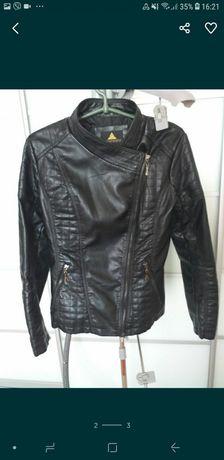 Женская курточка кожзам