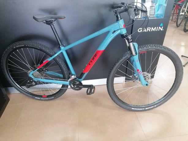 Bicicleta btt Cube Aim EX de almunio tamanho M Nova