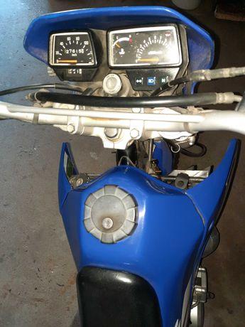 Yamaha Dtr 125  azul e preta