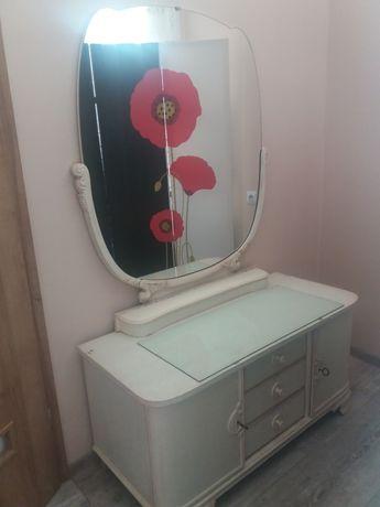 toaletka i szafka nocna