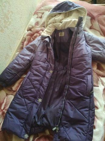 Продам зимнюю куртку на девочку LEENE
