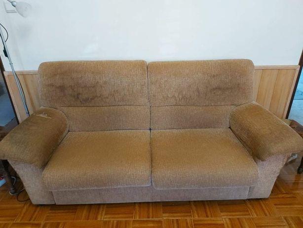 Sofa 2 Lugares + Puff