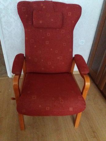 Fotel wyściełany