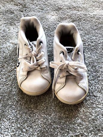 Buty dziecięce NIKE rozmiar