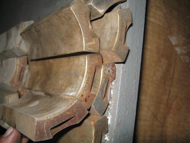 Втулка біметалева бронза+сталь з 6-и частин
