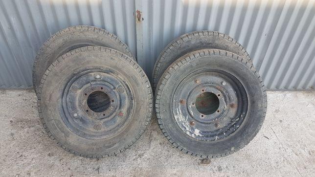 Sprzedam koła od wozu traktorowego R16