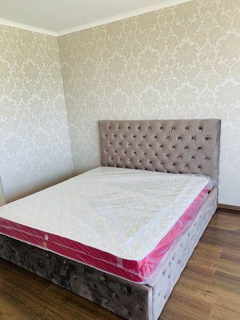 Шикарная  кровать кресла Италия