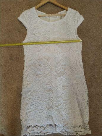 Sukienka biała 42