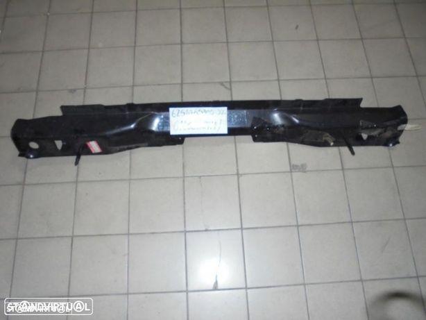 62510-65D00-000 - Travessa trás - Suzuki Grand Vitara (Novo/Original)