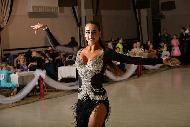 Плаття для бально-спортивних танців, латина