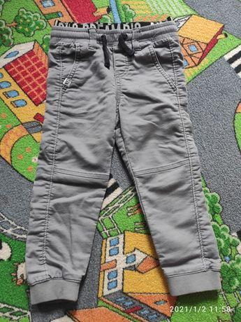 Spodnie joggery H&M rozm.98 oraz jeansy H&M rozm.98