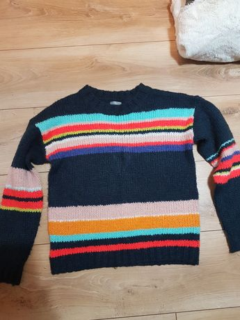 Sweter w paski 140 cm